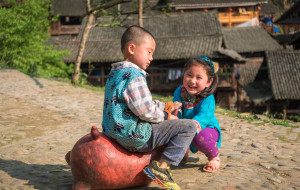【黎平图片】四月黔东南: 觅一处桃源,赴一场姊妹节