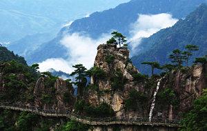 【大明山图片】令人刮目相看的大明山(二):雾