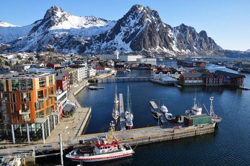 挪威北罗弗敦群岛10天邂逅极光之旅(北极光 特罗姆瑟直升机 北角 极光