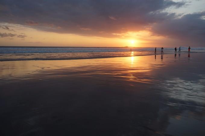 """""""浪""""在 巴厘岛 —— 我的冲浪之旅"""