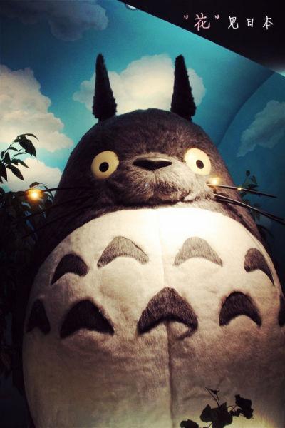 这是吉卜力里的大龙猫…超可爱