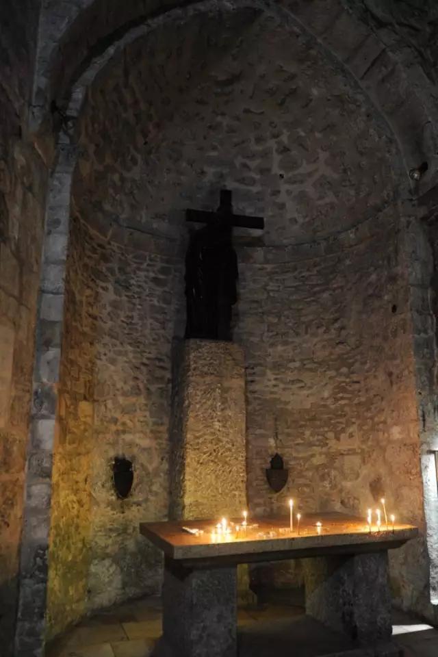"""第十四站,也就是""""苦路""""的最后一站,就是耶稣之墓,这也是圣墓大教堂"""