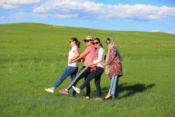 穿过草原天路和西乌旗到乌拉盖,追寻狼图腾的足迹