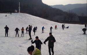 连云港娱乐-白龙潭滑雪场
