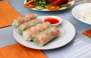 芽庄美食-Lanterns Vietnamese Restaurant