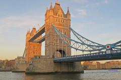 【伦敦。景点】IG热门景点 X 知名地标~Tower Bridge(伦敦塔桥)。