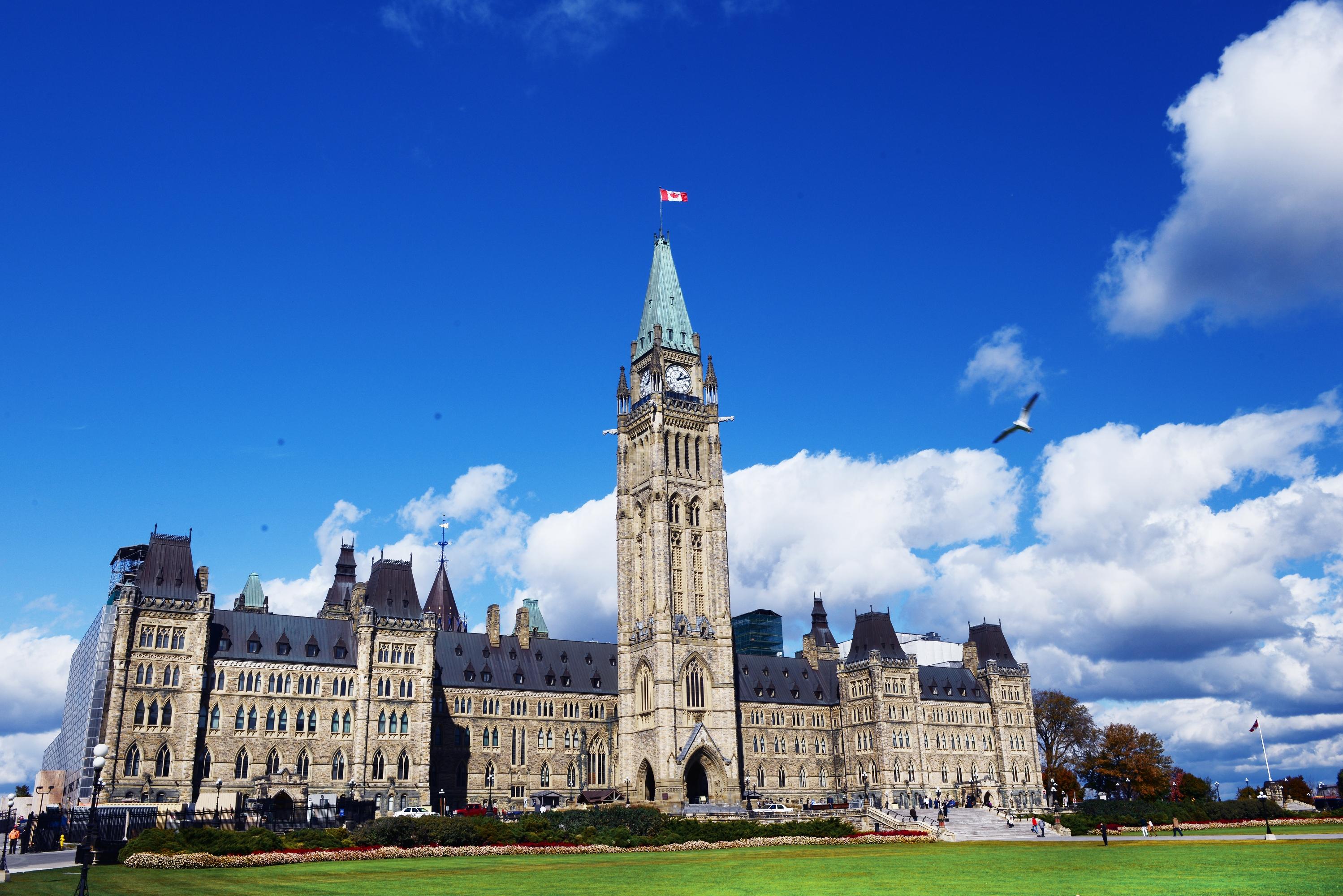 加拿大首都温哥华标志性建筑_品途旅游网