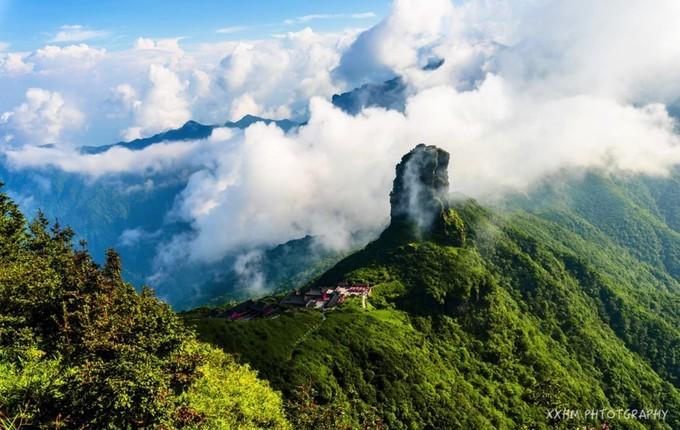 贵州行记之(2):雨雾梦幻梵净山