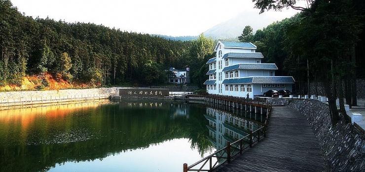 白兆山李白文化旅游区