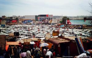 【乌干达图片】在乌干达披着炙热的阳光前行(2)
