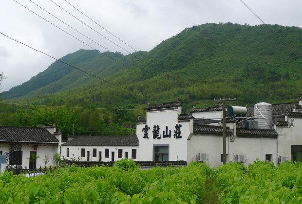 安徽卢村风景水粉