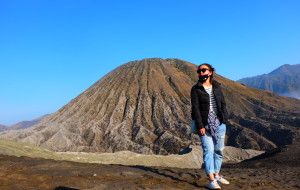 【爪哇岛图片】去印尼倒立、在吉隆坡跳舞-【日惹、吉隆坡、BROMO火山、婆罗浮屠、普兰巴南】