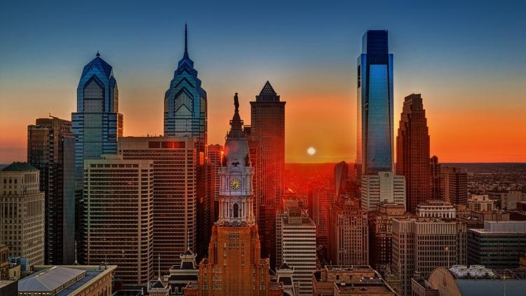 费城的旅游著名景点有:自由钟,独立宫,费城艺术博物馆,芒特公园,罗丹