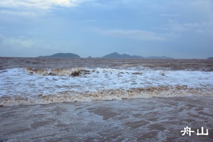 普陀山是四大佛山之一,是南海观音的道场,据说求子特别灵,所以一路