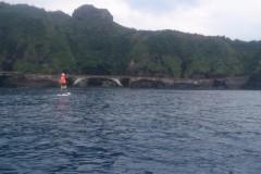 台灣綠島好美麗,火燒島SUP+浮潛,餵魚好開心
