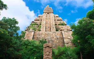 东京娱乐-印第安纳琼斯冒险旅程:水晶骷髅头魔宫