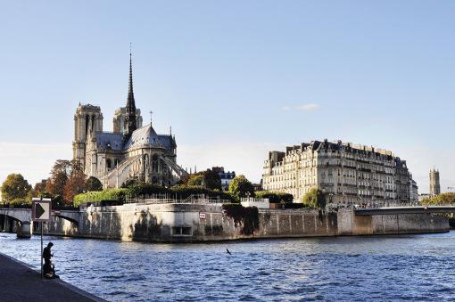 点彩画巴黎铁塔图片大全