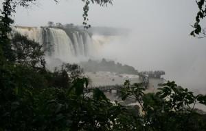 【伊瓜苏图片】伊瓜苏大瀑布,雷鸣般巨大的水