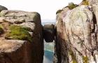 挪威吕瑟峡湾奇迹石一日游巴士票 斯塔万格往返 攀爬奇道石 俯瞰峡湾壮丽风光