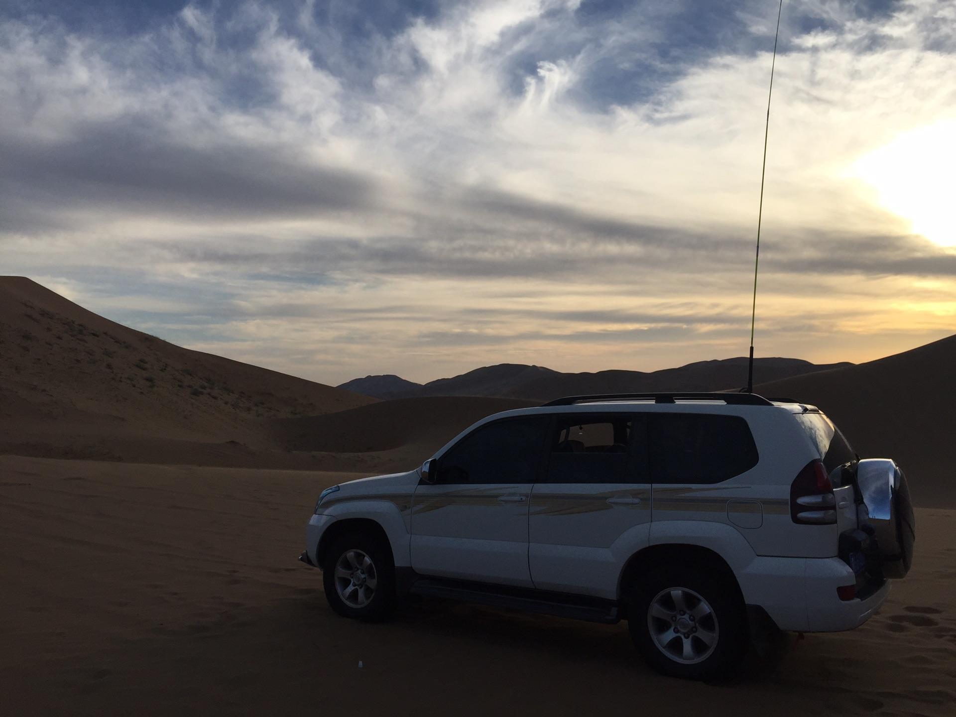 如夢一場的巴丹吉林沙漠,我們一起瘋狂過