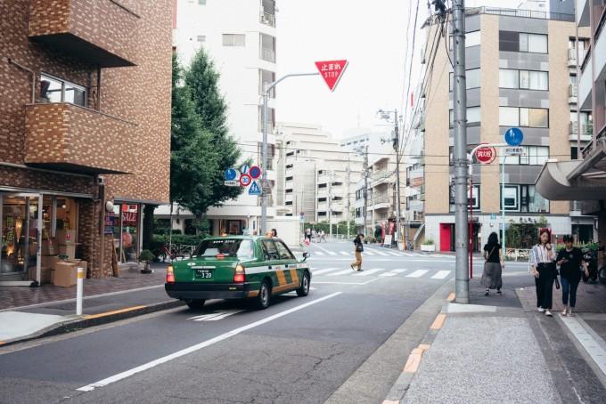 东京原宿   在这家咖啡店里吃花
