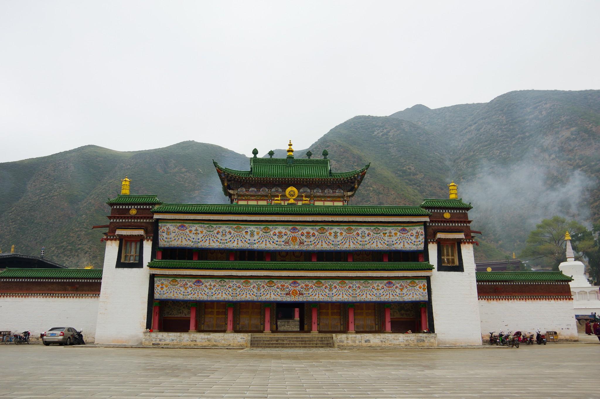 China GanSu Labrang Monastery tours